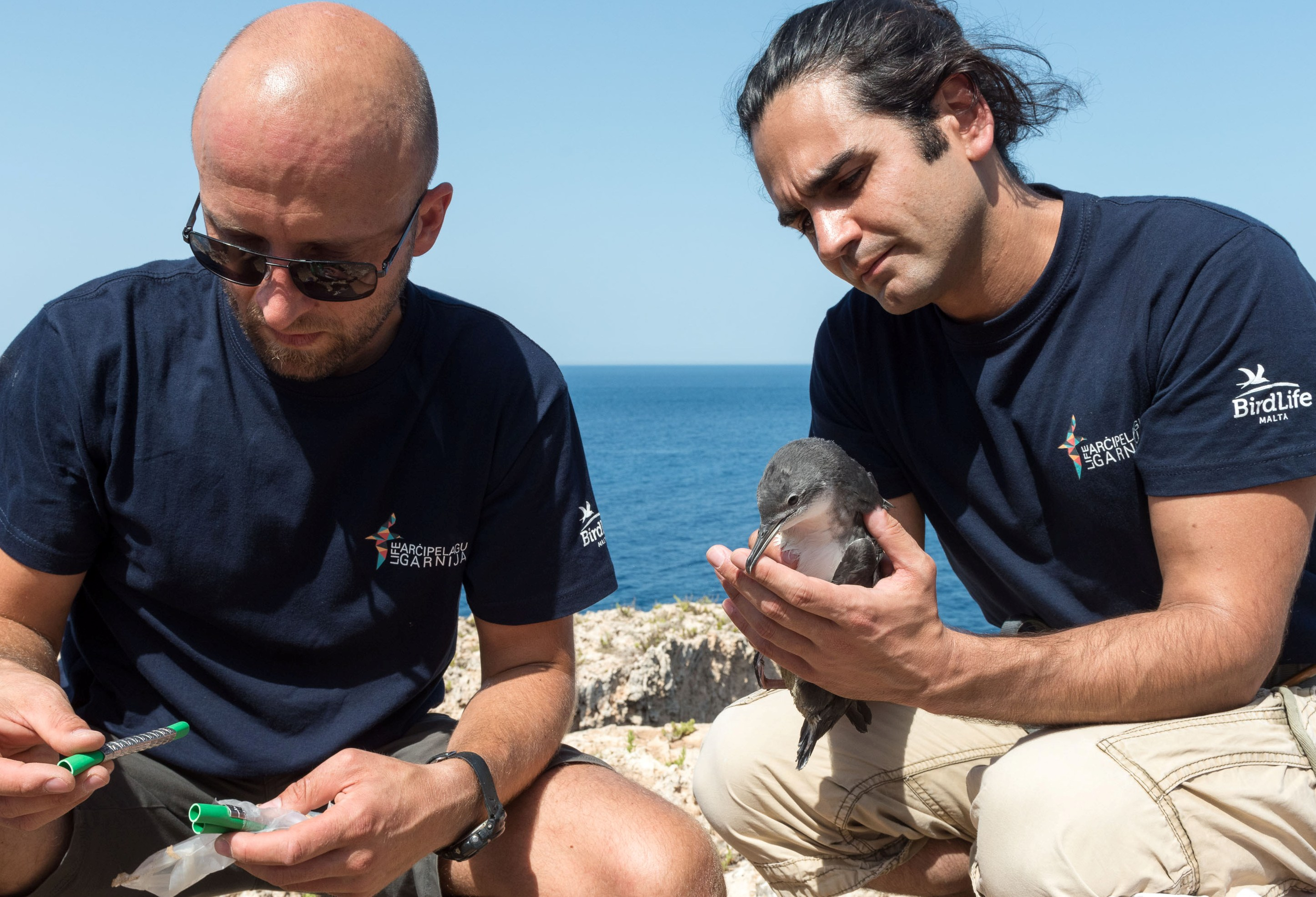 5. Ben Metzger and Nick Piludu preparing to ring Carmel (Photo by HSBC Malta)