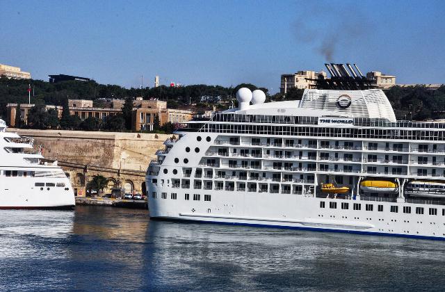Ship emission